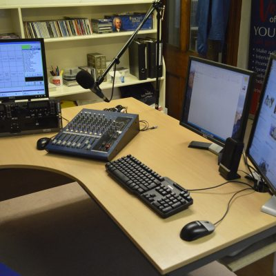 An overview of the new studio.